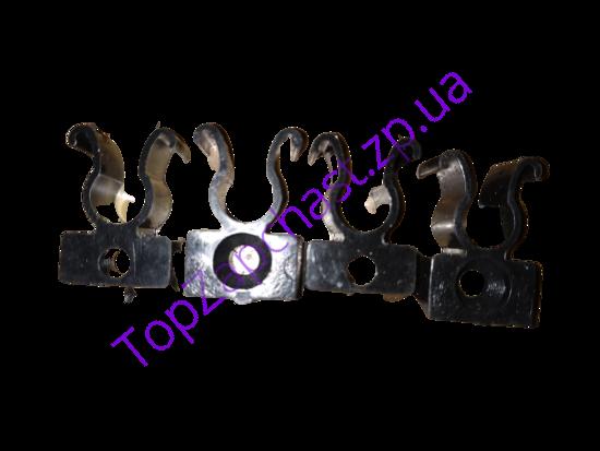 Изображение Крепеж (защёлка) наконечника задней жесткой полки 1102/1103 завод